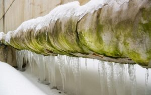 How-to-deal-with-plumbing-problems-in-winter